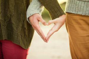 RELATIONS FINANCIERES DANS LE COUPLE