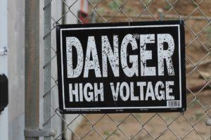Contraintes règlementaires pour la pose d'une clôture électrique
